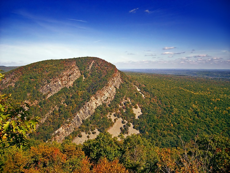 Mount Tammany, Warren County, as seen from the Appalachian Trail at Mount Minsi, Pennsylvania