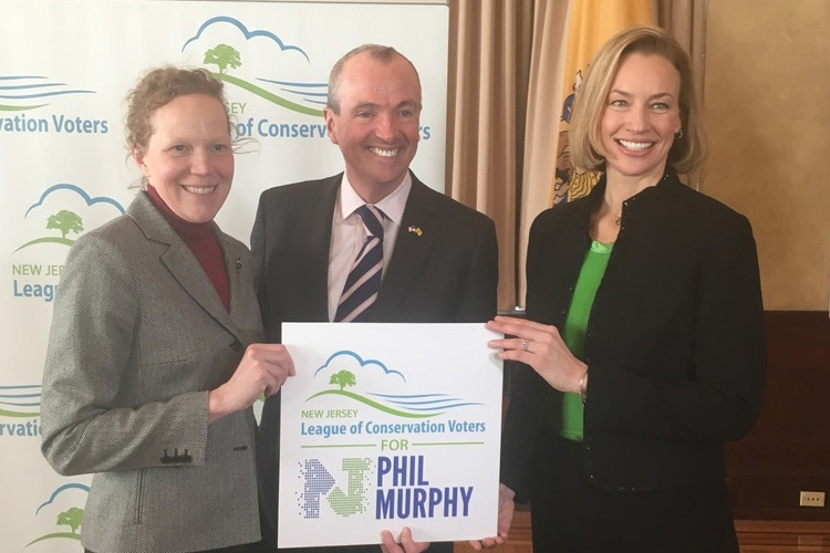 Phil Murphy with Debbie Mans and Kelly Mooij