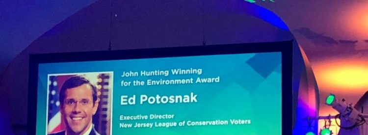 Ed Potosnak wins the John Hunting Award